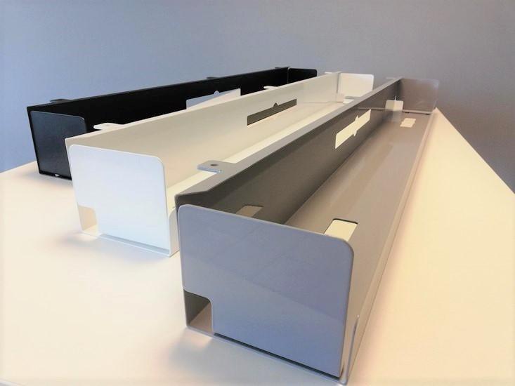 kabelgoten zwart wit zilver | kies voor een gezonde werkplek bezoek Worktrainer.nl