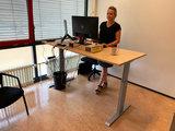 Aluforce 140 handslinger zit stabureau    wissel staan en zitten achter je bureau af   Worktrainer.nl