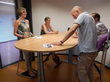 actief vergaderen   ergonomisch kantoormeubilair   Worktrainer.nl