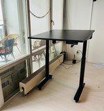 Klein bureau voor thuis - Elektrisch zit-sta bureau - StudyDesk - Actief meubilair Worktrainer.nl
