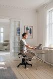 Varier wing kniestoel beweegstoel actief meubilair balansstoel knie stoel worktrainer.com worktrainer.nl