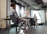 Numo design stoel   actief meubilair   numo kruispoot   worktrainer.nl   worktrainer.com