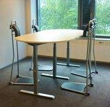 vergaderopstelling staand werken   ergonomisch kantoormeubilair   Worktrainer.nl