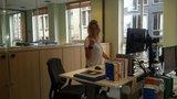 bureau in hoogte verstelbaar aluforce 140  | wissel staan en zitten achter je bureau af | Worktrainer.nl