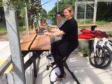 deskbike in de kas l Deskbike bureaufiets | Fiets je fit achter je bureau | Worktrainer.nl