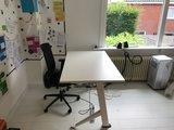 Y desk sit stand desk | kies voor een gezonde werkplek bezoek Worktrainer.nl