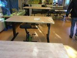 aluforce 140 in gebruik  | wissel staan en zitten achter je bureau af | Worktrainer.nl