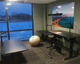 s670 met Deskbike en Vluv zitbal | kies voor een gezonde werkplek bezoek Worktrainer.nl