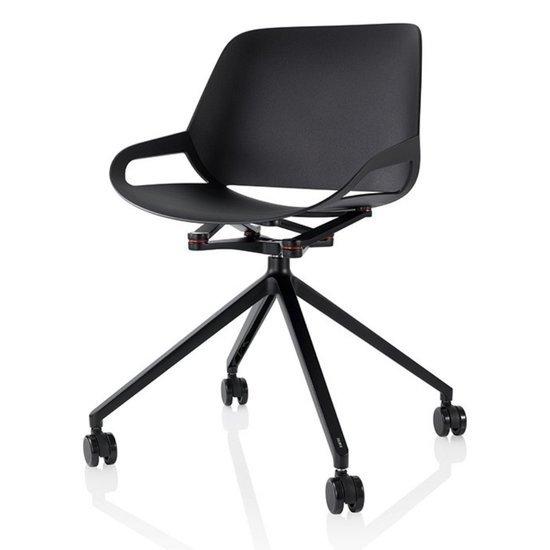 Active design chair  - Numo with Cross legs