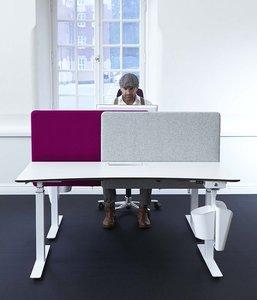 Bureauscherm tussenschot alle accessoires bij je zit-sta bureau koop je online bij Worktrainer.nl