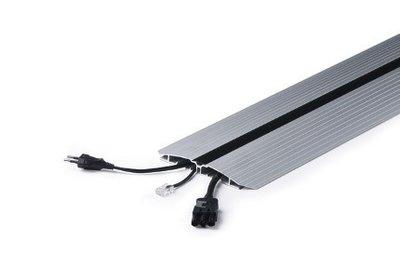 vloergoot aluminium Worktrainer.nl voor alle accessoires bij je zit sta bureau