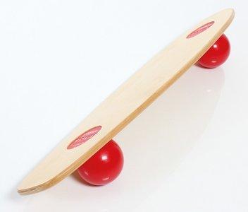freeride skatebord op werk | beweging op de werkplek achter je bureau | Worktrainer.nl